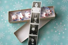Photo booth Christmas cards- clever idea!