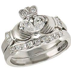 @Amanda Snelson Daugherty...you NEED this!  Irish Claddagh Ring w/ bling!