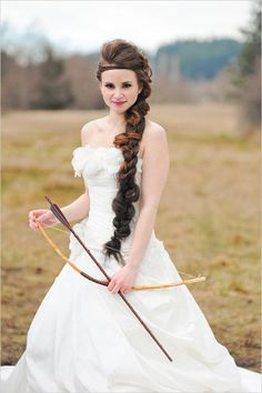 Yup, it's a Hunger Games-themed wedding.