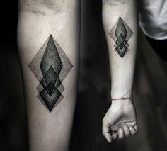 geometric tattoo - great stippling / shading! #rasspink #hipster