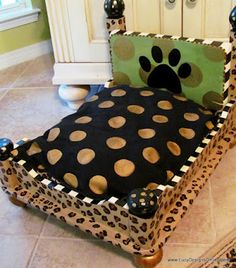 Oh so cute!!  I would need a huge table to make a dog bed big enough for my dogs!!!!!!