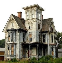 Always a shame to see a once grand building fall into neglect... design homes, dream homes, haunted houses, old houses, abandoned homes, dream houses, abandoned houses, victorian houses, fixer upper