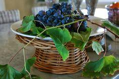 Still Life With Grapes - vignette design