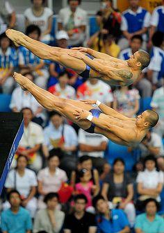 OLYMPICS: Mens Synchronized Diving 10m Final by rebilasphoto, via Flickr