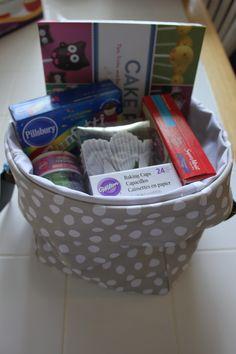 Cupcake basket..  Love the mini Utility Bin from Thirty-One.. So many uses. Housewarming gift basket, auction, dog toys, homemade gifts etc.  Keep everything organized.  www.mythirtyone.com/trendymomof2