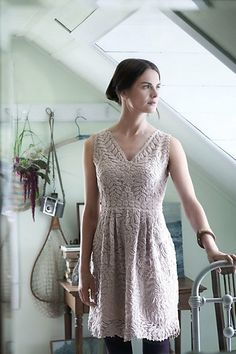 Beautiful vintage-inspired #knitting pattern with feminine lacy details.