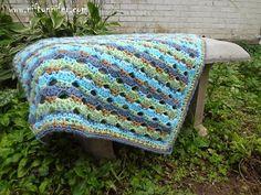 Free Crochet Pattern ~ Baby Blue Blanket
