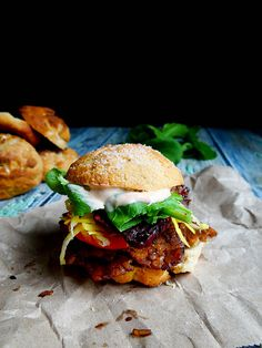 Vegan smokey tempeh sliders