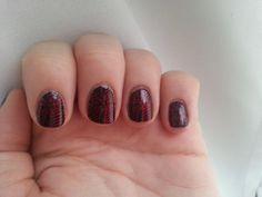 Manucure de noël #christmasnails #christmasmanicure #stamping #moyoulondon #festive06