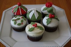 Cup cakes de Natal   Flickr - Photo Sharing!