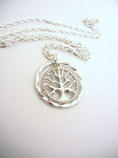 Divergent inspired Amity necklace