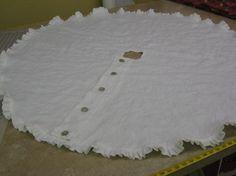 Linen tree skirt... <3