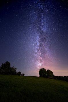 Milky Way voer Fünfländerblick, in Switzerland. Credit and copyright: Christian Kamber.