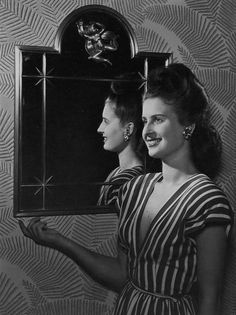 I always adore it when photos capture more than one angle of a hairstyle, as this lovely 1940s one does. #vintage #fashion #1940s #hair