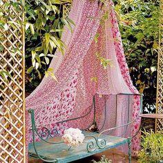 14 DIY ideas for your garden decoration 4