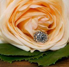 Roses - redbalifrog Beads