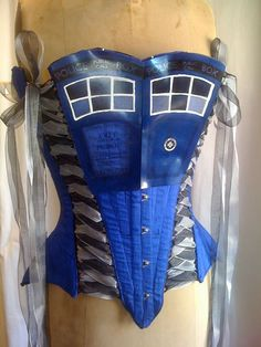The Tardis Corset----Mayfaire Moon is creating a stunning Dr. Who corset, modeled after the TARDIS. The finished project will include lights and sounds--a corset with lights and sounds...funny!
