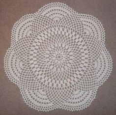 """""""Inflorescence"""": a free pattern for a throw rug"""