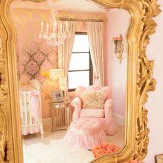 Gold pink room