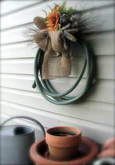 Use a garden hose to make a unique #fall wreath #FallDIY ~ @bystephanielynn
