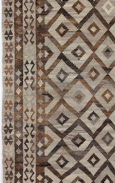 Kelim och vävda mattor - Naturfärgad kelim
