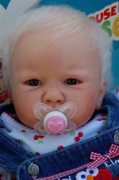 3 Month Old Reborn Baby Doll Amelia www.wonderfinds.com/item/3_140971951133/c122723/Reborn-Baby-Girl