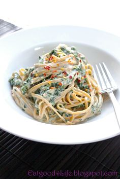 Eat Good 4 Life: Skinny Fettuccine alfredo with spinach
