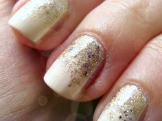 Gradient glitter nails in 4 easy steps - perfect for an NYE party