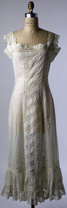 10-11-11  1910-16 French Petticoat