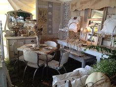 J Hill Designs, Texas at the City Farmhouse 2013 Show.