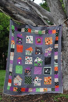 Riley Blake Boo to You Haunted House quilt by Bree@DistantPickles, via Flickr