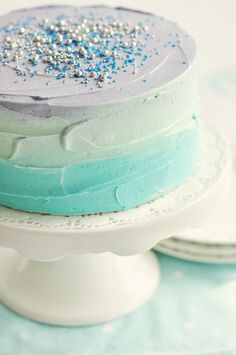 ombre cakes look so delicious! #wedding #cake #ombre #mint #dessert