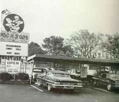 We had a Dog n Suds in our city way back when...My Mom used to take us here for Rootbeer floats!