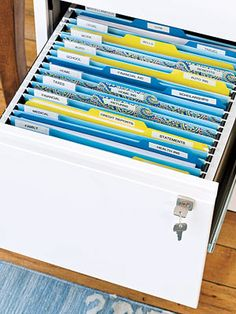 Organize your important papers and documents, tip 4: File it. #GetOrganized #NewYearsResolutions