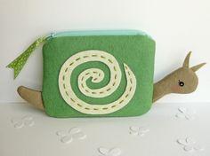 Little Snail Pouch <3
