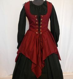 Faire/Larp costume idea. Golden chemise/skirt with Wine Red overdress.