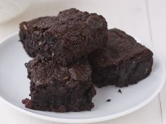 Gluten-Free Chewy-Gooey Brownies | good for you/ high protein