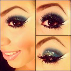 #glitter #blues #blue #eyeshadow  @chubbymuffin_