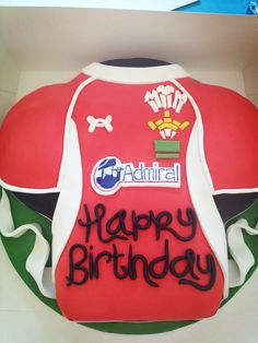 Welsh rugby shirt cake :)