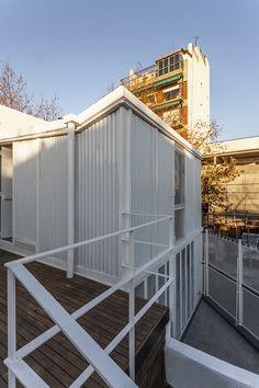 Atelier Vilela   Hitzig Militello arquitectos; Photo: Federico Kulekdjian   Archinect