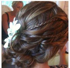 We love the boho braid twist on this Prom updo!