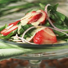 Spa Salad with Almond Vinaigrette - this looks YUM!!!