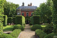 Anouska Hempel's English Country House