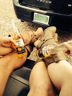 country music concerts, concert style