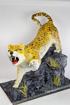 3D leopard cake by Design Cakes, via Flickr