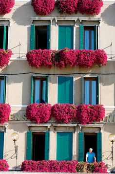 fuchsia and turquoise building exterior