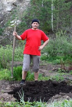 Natural Economical Fertilizer for Organic Gardening. There are a lot of good ideas and information on overall organic gardening here