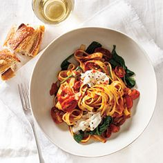 Fettuccine with Seared Tomatoes, Spinach, and Burrata | MyRecipes.com