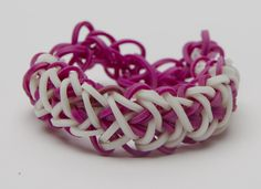 What types of patterns do you make with your Bandaloom? Check out this double rhombus! #rubberbandbracelet #rainbow #bracelets #loom