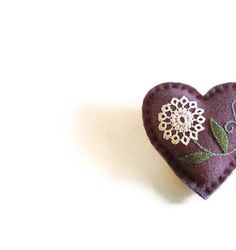 Wool pocket heart/purple white tatted flower by HittyHatty on Etsy, $10.00 wool pocket, coupons, ship coupon, 24 coupon, etsi favorit, 1000